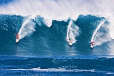 """The world's most anticipated & legendary surfing competition the @quiksilver Big Wave Invitational in Memory of Eddie Aikau is a 'Green Light' for tomorrow. #FSOahu Ambassador @haakeaulana shares this incredible photo from 2009 the last time """"The Eddie"""" was held at #waimeabay  """"Dad Bruce and Ramon in the Eddie 2009. Tomorrow will be crazy but let's not forget the significance of this prestigious event! Eddie would charge 25ft plus Waimea but more importantly he wouldn't hesitate to risk his…"""