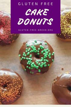 Anytime is a good time for Gluten Free Cake Donuts! These baked donuts are mouth-watering delicious and the recipe has two topping options – cinnamon sugar or chocolate glaze – yum! Gluten Free Cupcakes, Gluten Free Sweets, Gluten Free Chocolate, Gluten Free Recipes, Vegan Chocolate, Vegan Recipes, Bread Recipes, Plain Cake, Chocolate Glaze