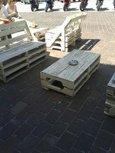 Bank en tafel gemaakt van pallets #loungeset