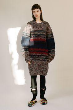 http://www.vogue.com/fashion-shows/pre-fall-2017/ports-1961/slideshow/collection