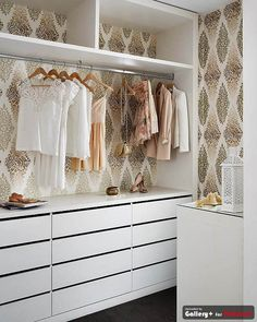 closet inspiration. Wallpaper