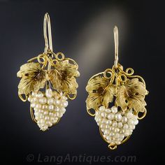 Early Victorian Pearl Grape Cluster Parure c. Grape Earrings, Cluster Earrings, Victorian Jewelry, Antique Jewelry, Vintage Jewelry, Gold Jewelry For Sale, Zardozi Embroidery, Byzantine Art, Glamour