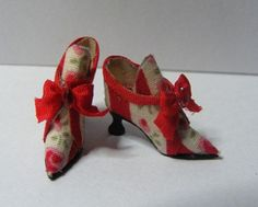 Cream & Red high back shoes long made by Odins Miniatures. Fireworks Store, Carpet Shops, Clock Shop, Candle Shop, Luggage Store, Hat Shop, Shoe Boutique, Red High, Toys Shop
