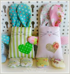 Το τυχερό κουμπί: Patchwork bunny! Fabric Scraps, Scrap Fabric, Softies, Sewing Projects, Bunny, Easter, Pillows, Crafts, Craft Ideas