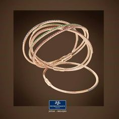 #JoyasPeyrelongue  Brazaletes rígidos con rubíes, esmeraldas y zafiros montados en oro rosa de 18 kt./ #jewelry / #luxury / #newchic / #fancy / #elegant / #joyas / #style / #cute