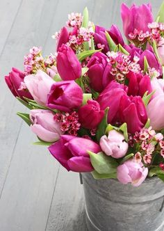 FLOWERS by ingrid & titti - Tulips. © Ingrid Henningsson/Of Spring and Summer. Pink tulips and waxflowers. - So Beautiful, I miss beautiful flowers everywhere. Fresh Flowers, Spring Flowers, Beautiful Flowers, Spring Bouquet, Rose Bouquet, Simply Beautiful, Tulip Bouquet, Romantic Flowers, Spring Blooms