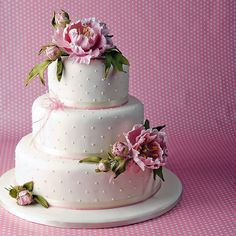 pink peonies wedding cake.