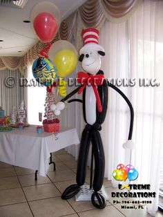 Party Decorations Miami | Balloon Sculptures - Cat in the Hat balloon sculpture received our guests!