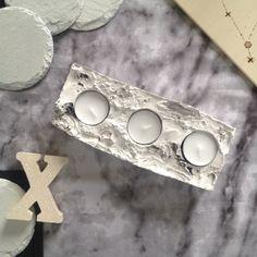 Alles auf Marmor gepolt! Passend zum Look könnt ihr euren eigenen Kerzenhalter aus Gips gießen. Auf Lettersandbeads.de findet ihr eine Anleitung dazu <3