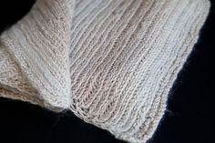 Knit Herringbone Scarf Pattern ~ http://steamykitchen.com