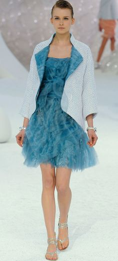 READY-TO-WEAR CHANEL SPRING-SUMMER 2012