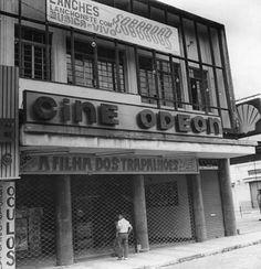 Cine Odeon, Rua Ricardo Vilela em Mogi das Cruzes - SP. Década de 80, século XX.