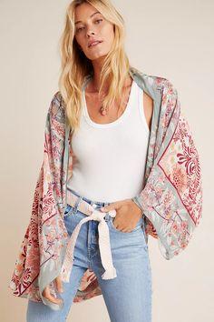 Leah Kimono   Anthropologie Women's Kimono Cardigan, Kimono Outfit, Kimono Top, Kimono Fashion, Boho Outfits, Summer Outfits, Boho Womens Clothing, Joggers Outfit, Short Kimono