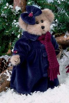 ☃ ღ noel Sandra Vintage Teddy Bears, Cute Teddy Bears, Teddy Bear Clothes, Teddy Bear Pictures, Christmas Teddy Bear, Boyds Bears, Bear Toy, Cute Kids, Bunny