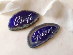 Agate Place Cards. Wedding Calligraphy Name Cards. Geode Wedding Favours. Blue Agate Slices. by FoxAndHart on Etsy