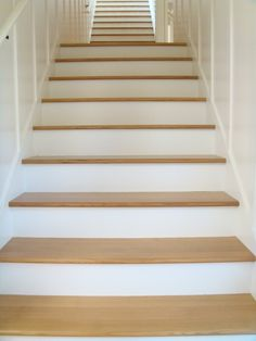 1000 images about foyer and stair design on pinterest for Enclosed staircase design