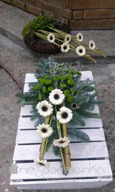 Funeral Flower Arrangements, Funeral Flowers, Table Arrangements, Floral Arrangements, Grave Decorations, Sympathy Flowers, Fall Decor, Holiday Decor, Deco Floral