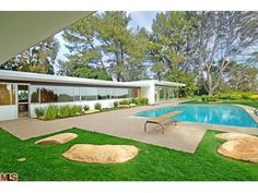 Vidal Sassoon's Richard Neutra House