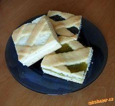 Mřížkový koláč z křehkého těsta, mák, tvaroh, rebarbora