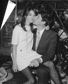 Vintage photo of Paul and Talitha Getty kissing.