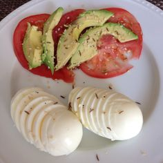 Easy Breakfast: Two Sliced Hard Boiled Eggs, Slices of Tomato, 1/4 Avocado Sliced, Wildtree Everything Season Blend