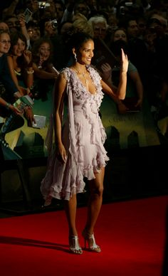 Halle Berry Halle Berry Hot, Hale Berry, Best Actress, Fashion Addict, American Actress, Style Icons, Supermodels, Fashion Models, Red Carpet