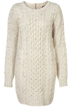 I need to knit this!! Really close to my old fave sweater I had to throw away & I miss it!