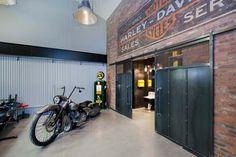 Industrial Garage & Sheds