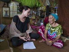 「angelina jolie UNHCR」の画像検索結果