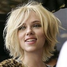 #bob hair #messy bob  O I like this! But she's so much cuter than I am! Great eyebrows, too.