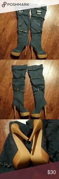 Peep Toe Denim Boots Size 9.5 Pre-owned Exellent condition Shoes Heeled Boots