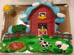 Barnyard pull apart cupcake cake decorated with buttercream Barnyard Cupcakes, Farm Animal Cupcakes, Barnyard Party, Animal Cakes, Holiday Cupcakes, Fun Cupcakes, Cupcake Cakes, Decorated Cupcakes, Cupcake Ideas