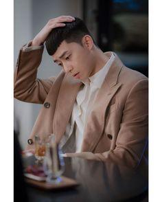 Park Seo Joon Abs, Joon Park, Park Seo Jun, Korean Celebrities, Korean Actors, Jo In Sung, Boy Photography Poses, Logan Lerman, Korean Men