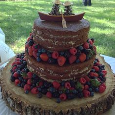wedding cakes lebanon mo german chocolate cake with chocolate dipped strawberries 24891