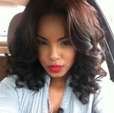 Love her hair! Will def be trying to recreate this when I straighten my hair with a curling wabd