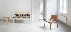 December XL chair by Jasper Morrison for Nikari Wood Sofa, Wood Furniture, Low Chair, Hotel Lobby, Cabinet Makers, Wood Design, Living Area, Upholstery, Interior Design