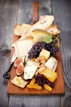 Cheese Platter Basics: Tips for Creating the Perfect Spread