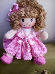 Best 10 This little Raggedy Ann is just TOO cute! Cat Fabric, Fabric Dolls, Doll Toys, Baby Dolls, Hair Yarn, My Child Doll, Fc B, Doll Sewing Patterns, Christmas Fabric
