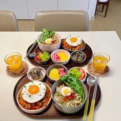 Comida Picnic, Baby Food Recipes, Healthy Recipes, I Want Food, Good Food, Yummy Food, Korean Food, Food Goals, Cafe Food