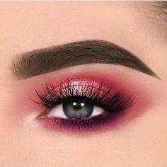 Stunning eye makeup ideas you should try beauty eye makeup, eyebrow makeup Beautiful Eye Makeup, Cute Makeup, Glam Makeup, Makeup Inspo, Makeup Inspiration, Makeup Ideas, Makeup Pics, Smokey Eye Makeup, Eyebrow Makeup