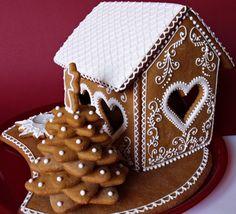 Citromhab: Mézeskalács sütése és díszítése Gingerbread House Designs, Gingerbread Village, Christmas Gingerbread House, Gingerbread Cake, Christmas Themed Cake, Christmas Sweets, Christmas Goodies, Christmas Diy, Honey Cookies