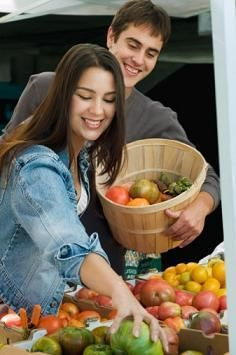 What is the Daniel Fast. Anything but a fast as we think of fasting, but a healthy way of eating and getting fit. 21 Day Daniel Fast, 21 Day Fast, The Daniel Plan, Daniel Fast Recipes, Heath And Fitness, Eat To Live, Weight Loss Detox, Detox Recipes, Vegan Lifestyle