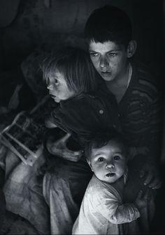 kvetchlandia:  Ansel Adams  Trailer Camp Children, Richmond, California    c.1936