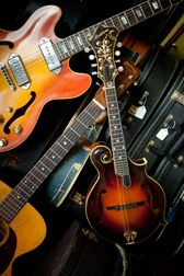 Vintage instruments, repairs & lessons in Knoxville, TN!