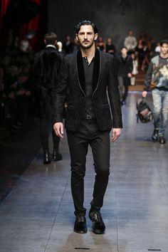 dolce-and-gabbana-winter-2016-man-fashion-show-runway-68