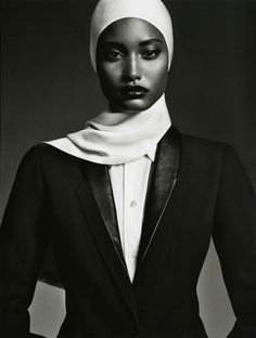 A Two Tone Elegance (Vogue Japan)Melodie Monrose - Model