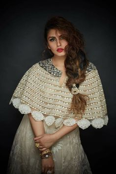 Fresh pictures of Lovely actress Huma Qureshi. Indian Film Actress, Pakistani Actress, Indian Actresses, Beautiful Bollywood Actress, Beautiful Indian Actress, Huma Qureshi Hot, Bollywood Photos, Indian Celebrities, Bollywood Celebrities