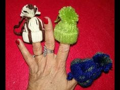 YouTube Diy Adornos, Fingerless Gloves, Arm Warmers, Lana, Youtube, Baptisms, Holiday Ornaments, Christmas Ornaments, Fingerless Mitts