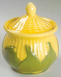 Shawnee Corn King sugar bowl and lid Pig Cookies, Teapot Cookies, Mccoy Pottery, Vintage Pottery, Veggie Art, Corn Dishes, Shawnee Pottery, Silk Floral Arrangements, Vintage Dishes