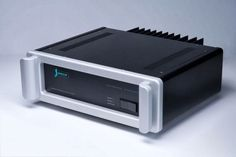 Spectral DMA 300 Reference Standard eindversterker